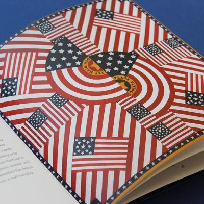 #DYK: It wasn't until 1912 that Congress legislated an official graphic standards for how the flag must appear? Neither did we…until we dove into 'The Stars & Stripes,' a curated collection of American flag prints from the collection of @studiohinrichs and the Stars and Stripes Foundation. . A hand-sewn flag he received from his great aunt first sparked Kit Hinrich's interest in American-flag-inspired objects. Over the last 50 years, Hinrichs has amassed a collection of more than 5,000 flags and flag-inspired objects. . Happy #FlagDay 🇺🇸